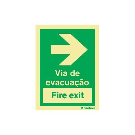 VIA DE EVACUAÇÃO (FIRE EXIT)